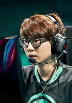 LOL News: CLG Star Reignover Departs the Team